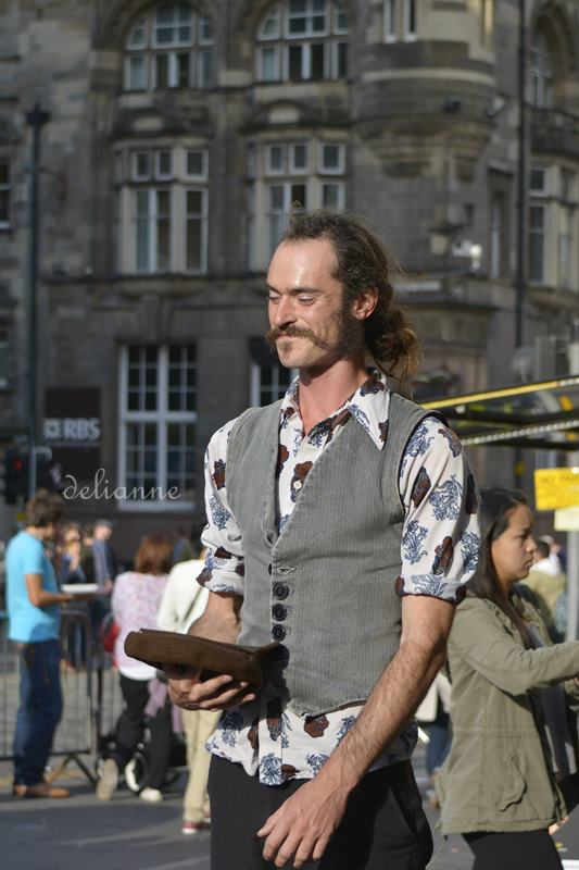 Edinburgh Summer 2014 Fringe by delianne